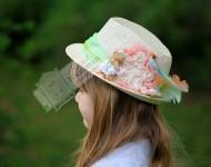 Kuşlu Şapka